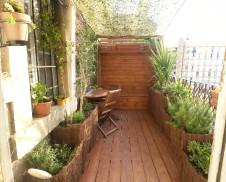 Creation de grandes jardinieres en materiau de recuperation